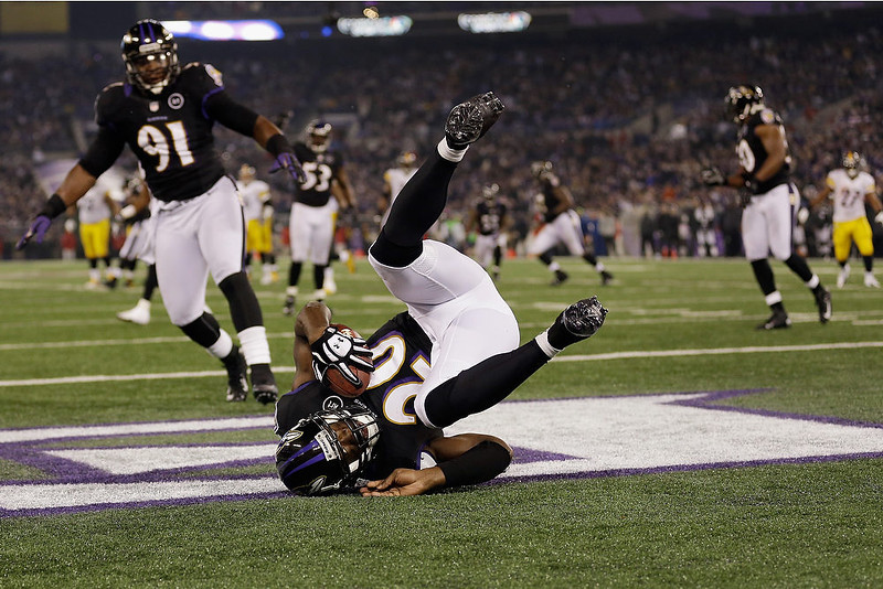 . Free safety Ed Reed #20 of the Baltimore Ravens intercepts a Pittsburgh Steelers pass in the endzone during the fourth quarter at M&T Bank Stadium on December 2, 2012 in Baltimore, Maryland.  (Photo by Rob Carr/Getty Images)