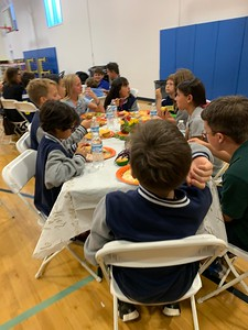 2019.11.21 Laurence School 6th grade Thanksgiving