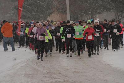 Start, Gallery 1 - 2013 Jingle Belle 5K Run/Walk for Women