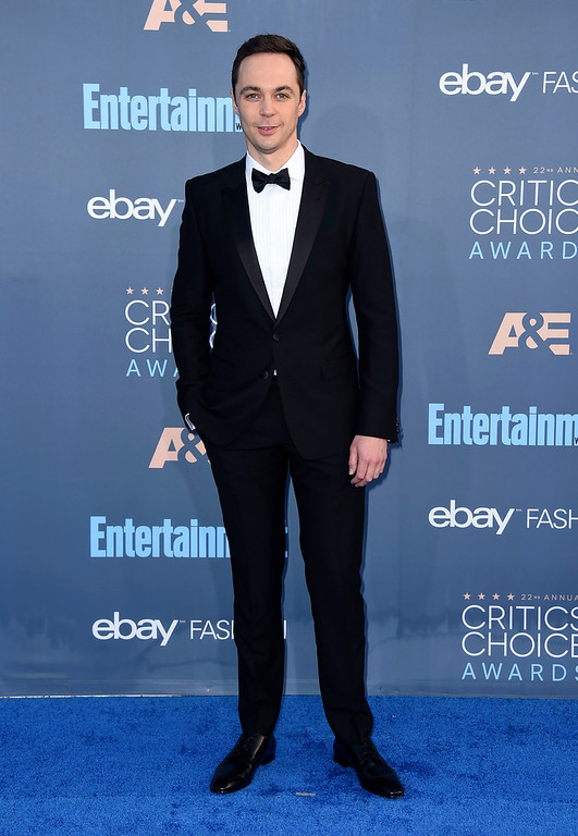 . Jim Parsons arrives at the 22nd annual Critics\' Choice Awards at the Barker Hangar on Sunday, Dec. 11, 2016, in Santa Monica, Calif. (Photo by Jordan Strauss/Invision/AP)