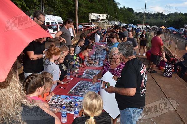 2018-08-27 Flat Kart Friday Kids Night