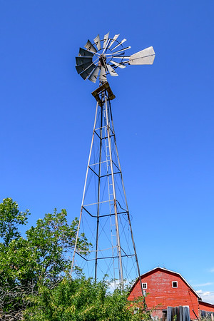 7-12-18 Red Barn & Windmill - Homestead