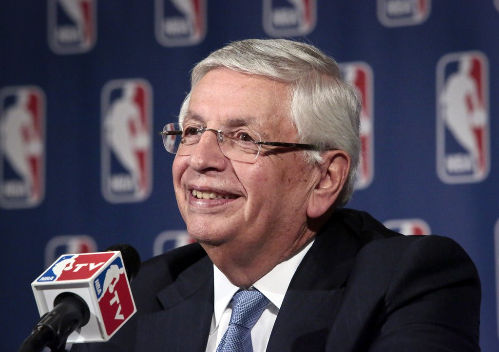 ". <p>10. (tie) DAVID STERN  <p>Retiring genius brilliantly timed his NBA tenure during careers of Michael Jordan, Larry Bird, Magic Johnson and LeBron James. (unranked) <p><b><a href=\'http://espn.go.com/nba/story/_/id/10377689/whitlock-david-stern-was-bully-got-lucky\' target=""_blank\""> HUH?</a></b> <p>    (AP Photo/Bebeto Matthews)"