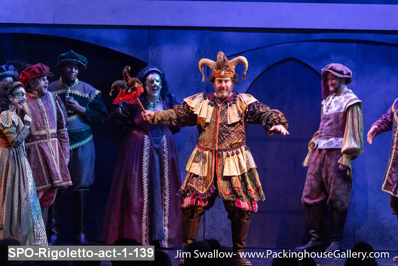 SPO-Rigoletto-act-1-139.jpg