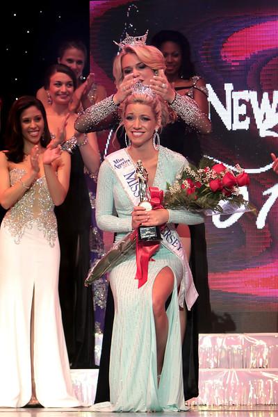 DBKphoto / Miss New Jersey 2013 - 14 Cara McCollum