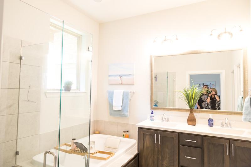 DSR_20191012Kris Bridal Shower45.jpg