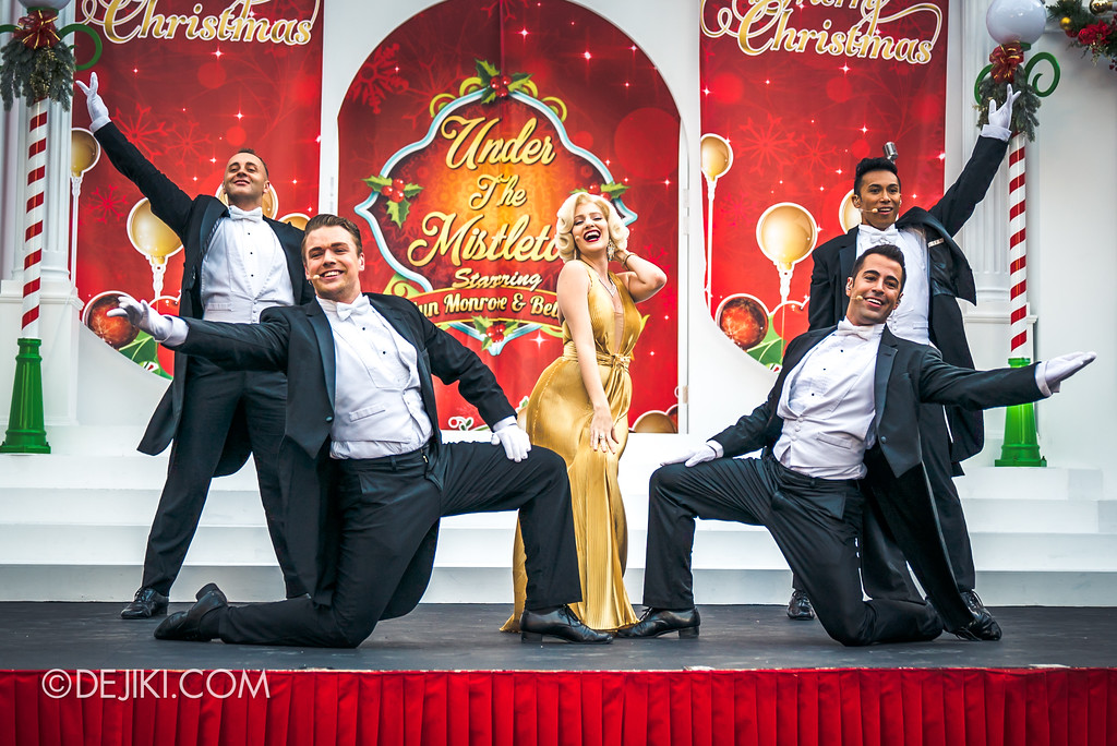 Universal Studios Singapore - A Universal Christmas event 2017 / Under the Mistletoe 2017 with Marilyn and the Boys