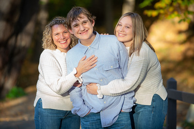 Lussier Family Fall Foliage Photos Outdoors Nature Pretty Whimsical Candid Happy Formal Portraits Mother Daughter Michelle Mom Westfield Mill Crane Pond Kimberly Hatch Photography New England Local Photographer Near Me Photo Studio Flower Garden Floral Sc