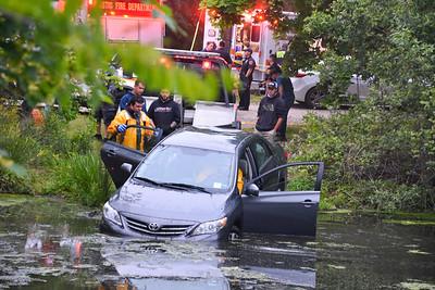 2020.05.29 Mastic Car into Pond Montauk Hwy & Barnes Rd