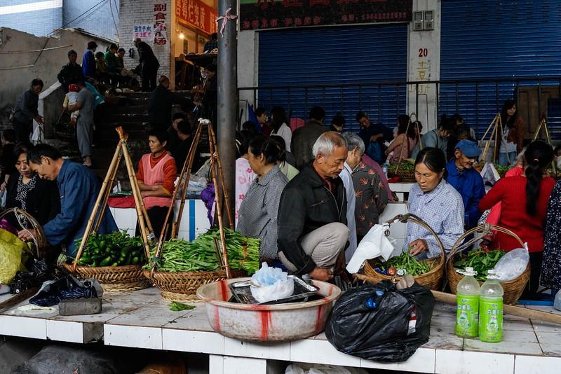 Fengdu - Local food market.