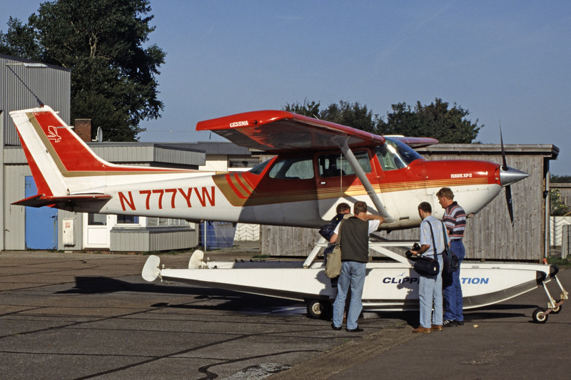 N777YW-CessnaR172KHawkXP-Private-2004-09-07-OF-40-KBVPCollection.jpg