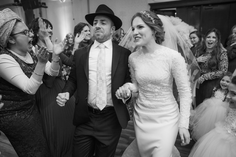 Miri_Chayim_Wedding_BW-683.jpg