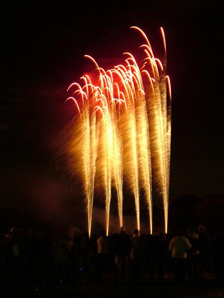 2005_1028tootingfireworks036_edited-1.JPG