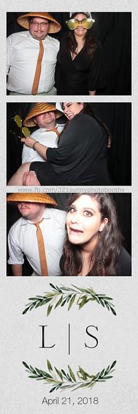ELP0421 Lauren & Stephen wedding photobooth 63.jpg