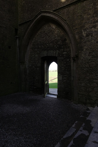 Rock of Cashel_Cashel_Ireland_GJP02115.jpg