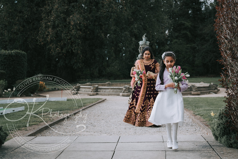 Zhara & Alvin-Wedding-By-Oliver-Kershaw-Photography-141033.jpg
