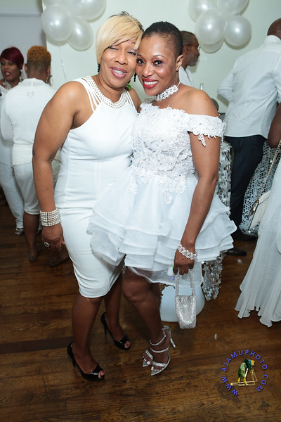 SHERRY SOUTHE WHITE PARTY  2019 re-234.jpg