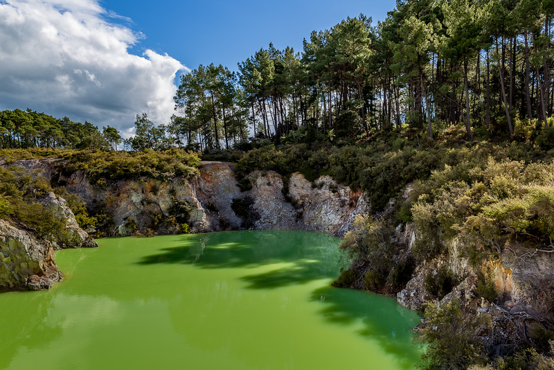 Wai-O-Tapu: Devil's Bath
