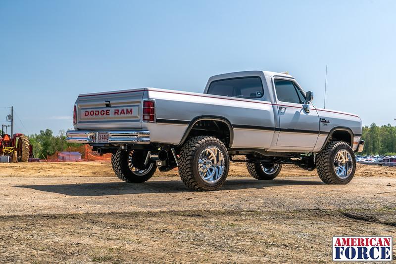 @bcecil92-1993-Gray-Dodge-W350-20x12-REBEL-SS-AFW03874-11April 28, 2018.jpg