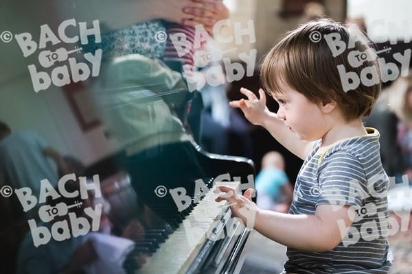© Bach to Baby 2018_Alejandro Tamagno_Victoria Park_2018-07-11 040.jpg