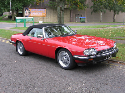 633JG - V12 Convertible in Signal red
