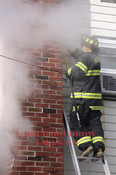 Winthrop, MA - 1st Alarm, 142 Locust Street, 2-9-09