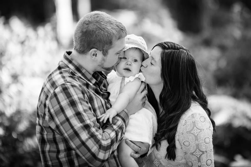 Elsie&Family_091-2.jpg