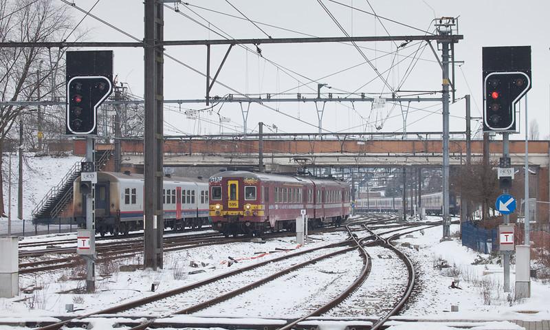 AM66 595 enters Welkenraedt.