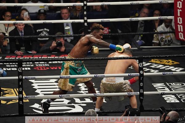 Jermal Charlo Defeats Hugo Centeno by 2nd Round KO