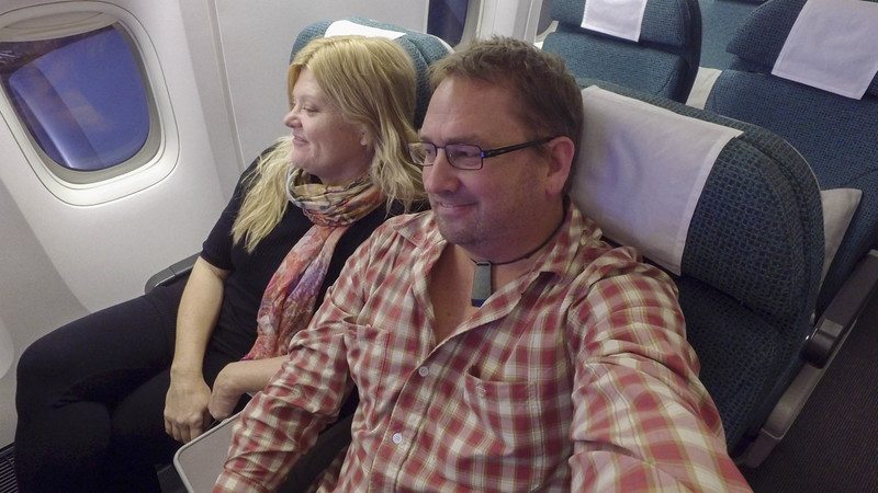 cathay-pacific-premium-economy-seats-3.jpg