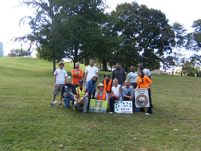 9.23.12 English Ivy removal at CCBC w/ Catonsville Tree Savers