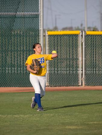 Softball Buckeye vs Youngker 20110419