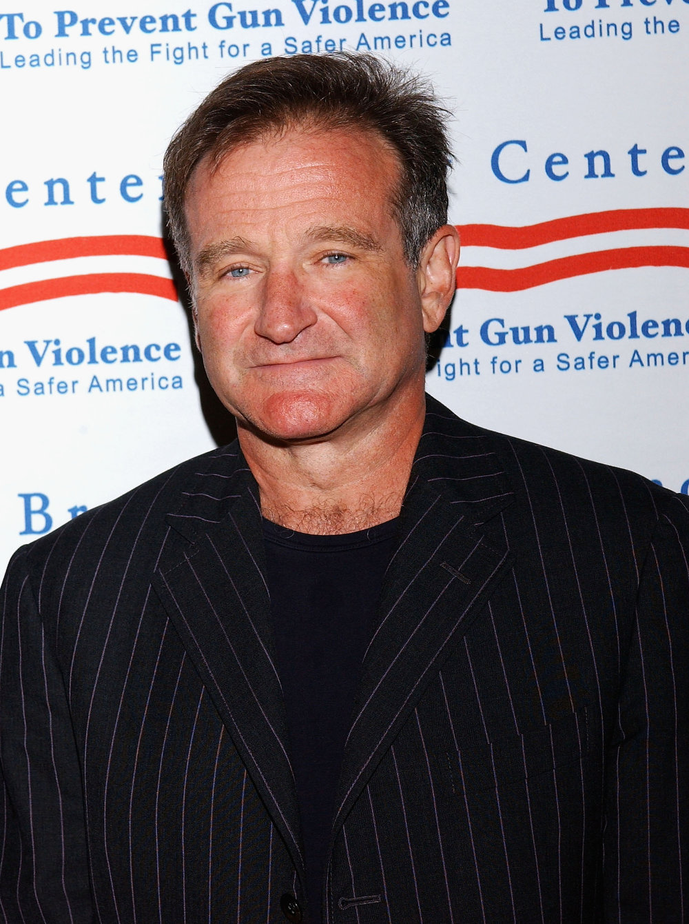 . Actor Robin Williams attends the Brady Center to Prevent Violence Benefit at the Beverly Hilton Hotel on October 7, 2004 in Beverly Hills, California.  (Photo by Stephen Shugerman/Getty Images)