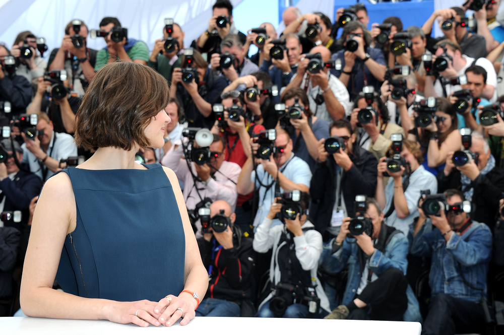 . Actress Marion Cotillard attends the photocall for \'Blood Ties\' at The 66th Annual Cannes Film Festival on May 20, 2013 in Cannes, France.  (Photo by Pascal Le Segretain/Getty Images)