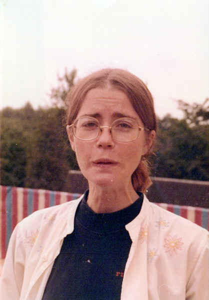 1974_Elaine_0001_a.jpeg