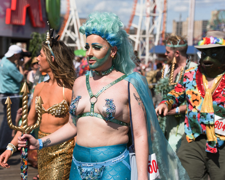 2019-06-22_Mermaid_Parade_0646.jpg