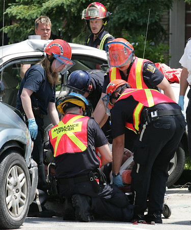 June 9, 2008 - MVC With Entrapment - Warden Ave / Manhattan Dr