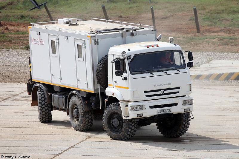 КАМАЗ-65224 с модулем для работы в условиях Крайнего Севера и Арктики (KAMAZ-65224 with compartment for Arctic)