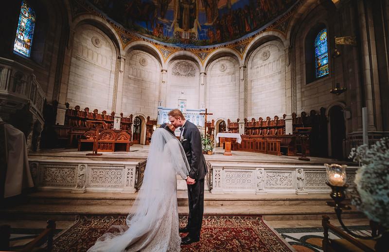 Montreal Wedding Photographer | Wedding Photography + Videography | Ritz Carlton Montreal | Lindsay Muciy Photography Video |2018_579.jpg