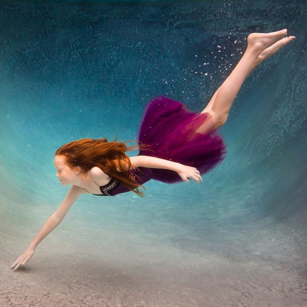 UnderwaterJeniSquare1.jpg