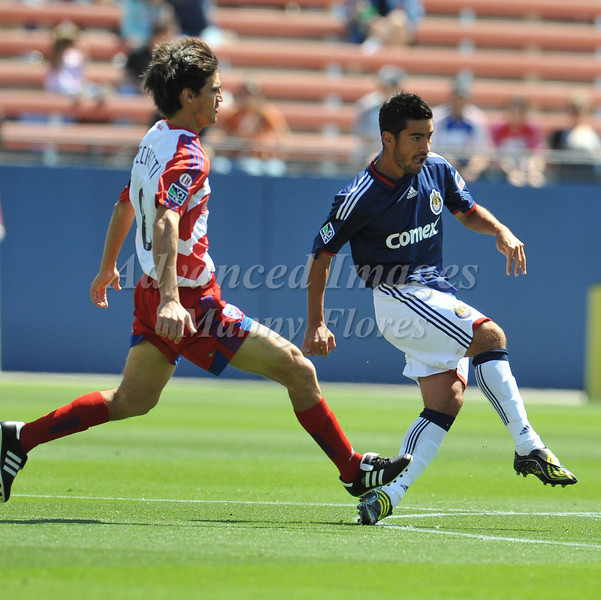 29, March 2009:  Chivas USA Middle Paulo Nagamura #5in action during the soccer game between FC Dallas & Chivas USA at the Pizza Hut Stadium in Frisco,TX. Chivas USA  beat FC Dallas 2-0.Manny Flores/Icon SMI