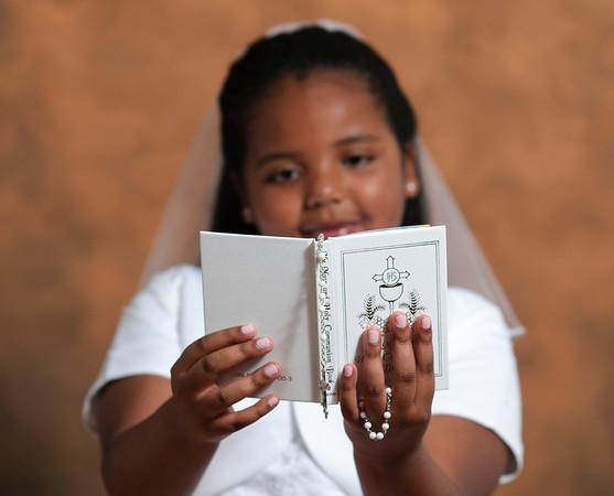 Monique's First Communion Portraits