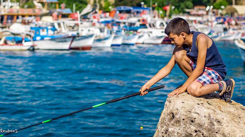 Boy fishing Antalya.jpg