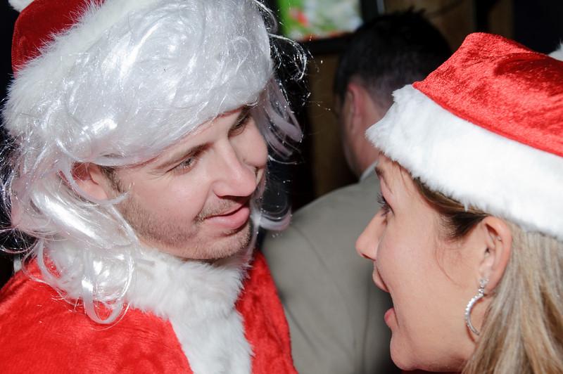 2009 ALS Santa Crawl-142.jpg