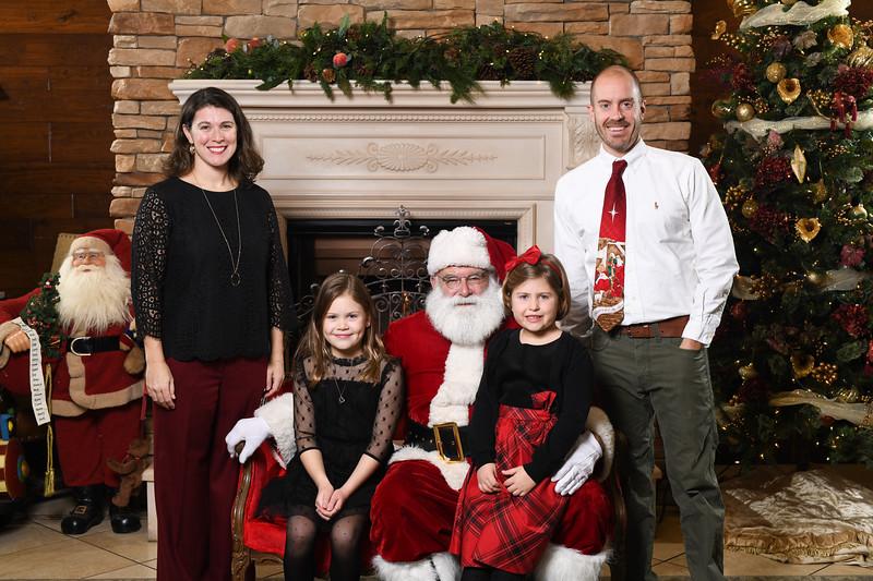 Santa2018.TylerBoye.-134.jpg