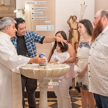 Isabella, bautismo