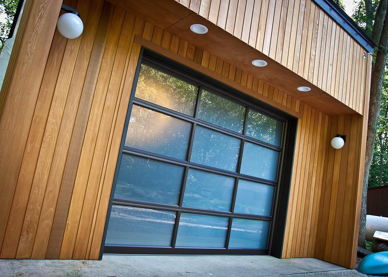 Garage with new Door-0816-4828.jpg