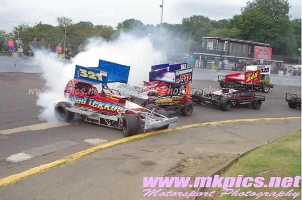 BriSCA F1 Stockcars Shoot Out Round 1