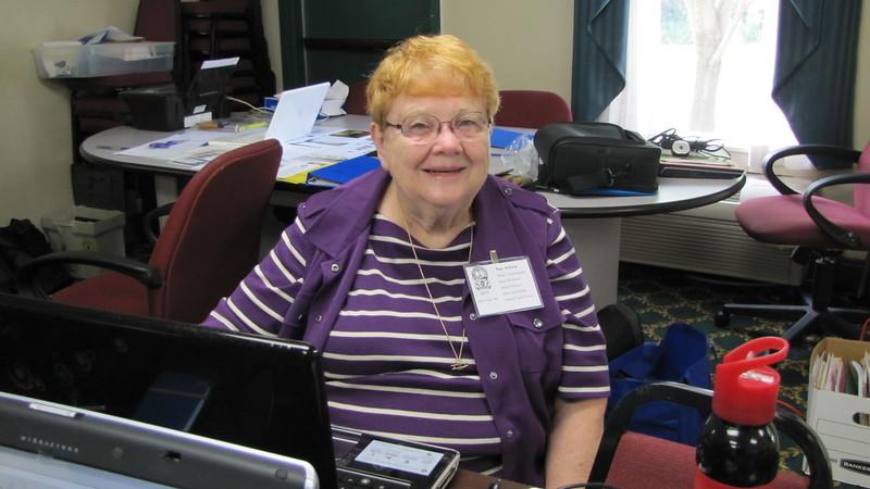 Sue (Cunningham) Askew