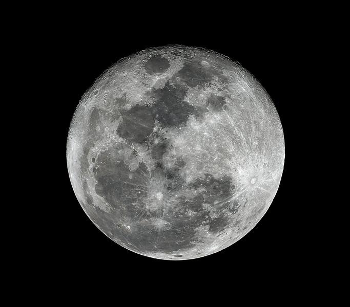 Moon_001711_lapl4_ap12560_Drizzle15 sharp-Edit.jpg